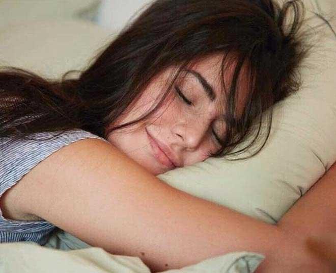 katrina kaif sleeping inside