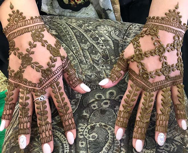 Get These Mehendi Designs Made For This Festive Season
