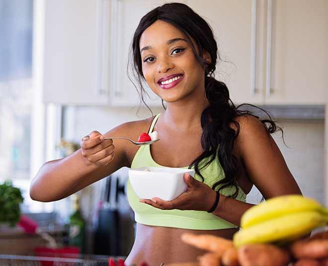 eating healthy food main