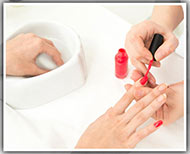 nail polish[ remover hacks thumb