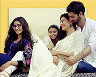 Sushmita with daughters and Rohman