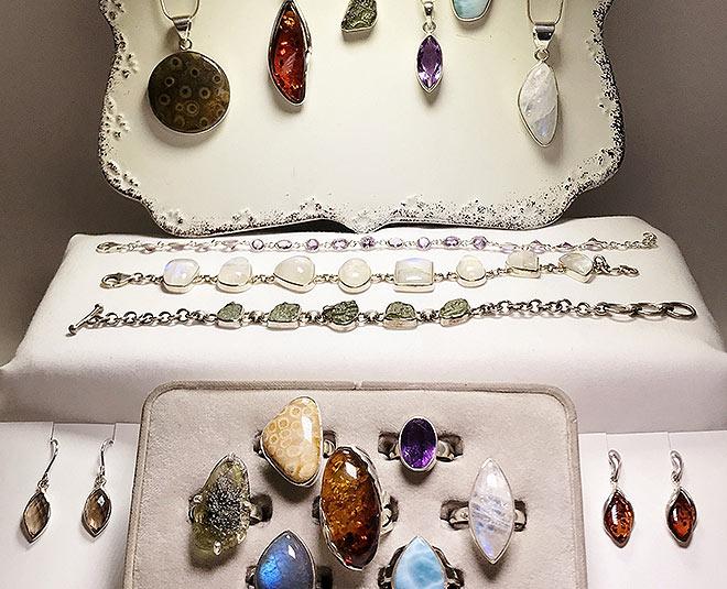 gemstones for dhanteras