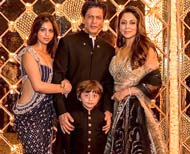 shahrukh khan diwali party mannat inside pictures thum