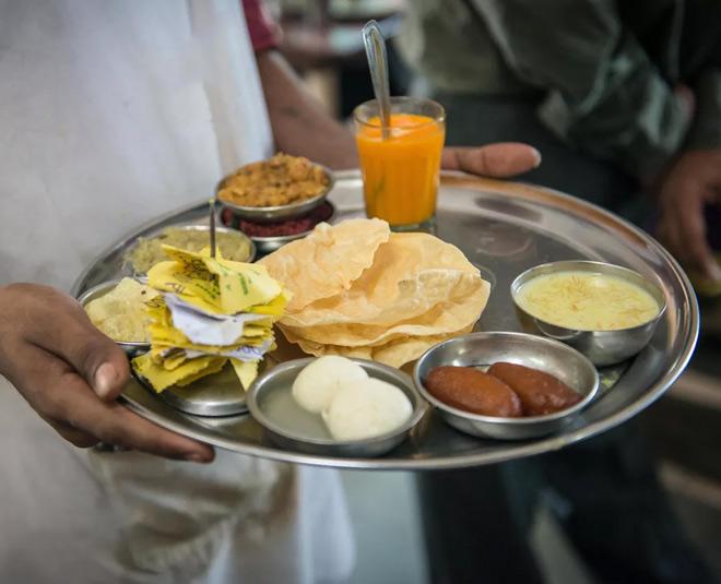 mumbai famous eateries main