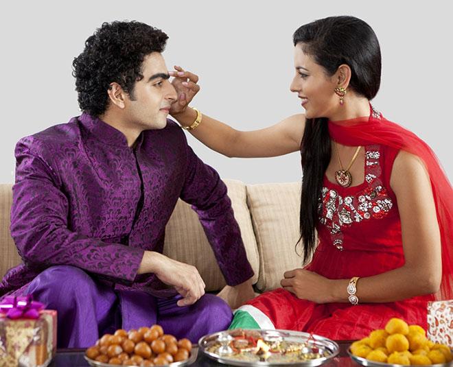raksha bandan brother sister MAIN