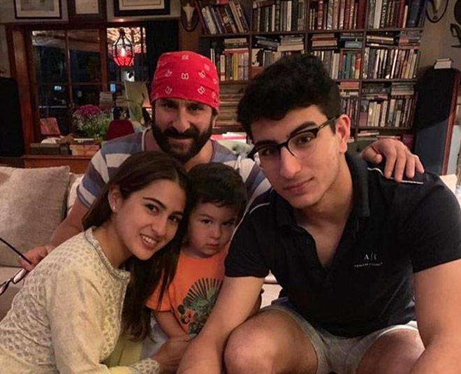 sara ali khan introduces mommy amrita singh favourite child its neither her nor brother ibrahim main