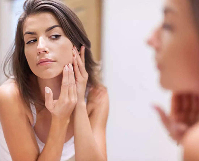 use moisturiser to hide ageing marks on the face main