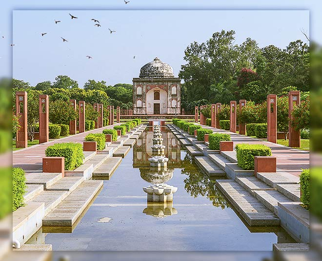 History and natural beauty lovers must have to visit delhi sunder nursery