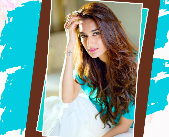 Kasautii zindagii kay  prerna Erica tips on right way of wash your face for glowing skin