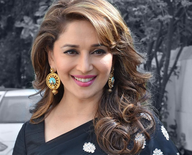 Madhuri dixit bollywood actress reveals home remedy of her glowing skin
