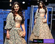 mouni roy  fashion lakme fashion week