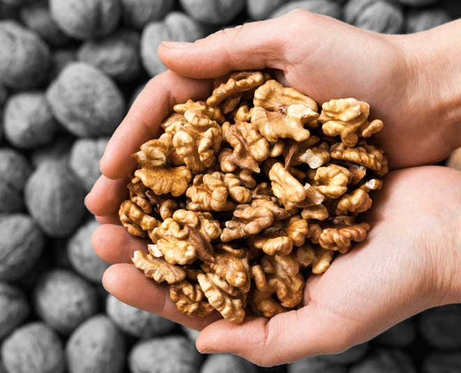 walnuts soaked for healthier life