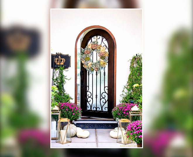 front gate vastu tips for prosperity inside