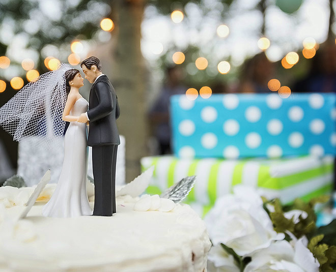 main unique wedding gifts