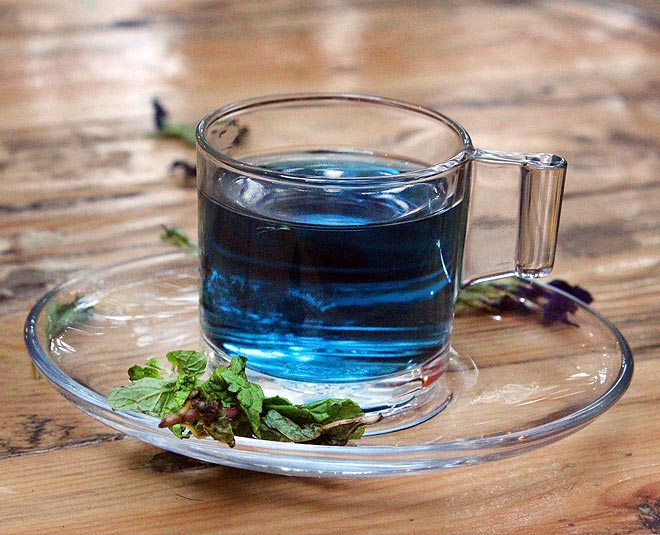 From Reducing Stress To Delaying Signs Of Ageing, A Cup Of Blue Tea Has  Great Benefits