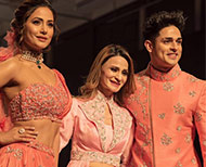 komolika hina khan ramp walk with best friend priyank sharma for Bombay times fashion week