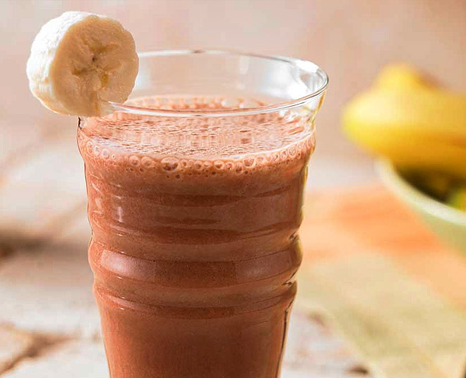 chocolate banana smoothie at home inside