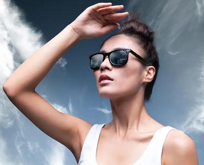 pollution harm hair skin