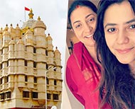 smriti irani and ekta kapoor visit siddhivinayak temple bare foot  km thumb