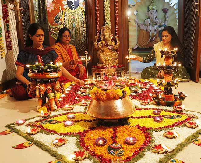 Diwali puja lucky colour  Main