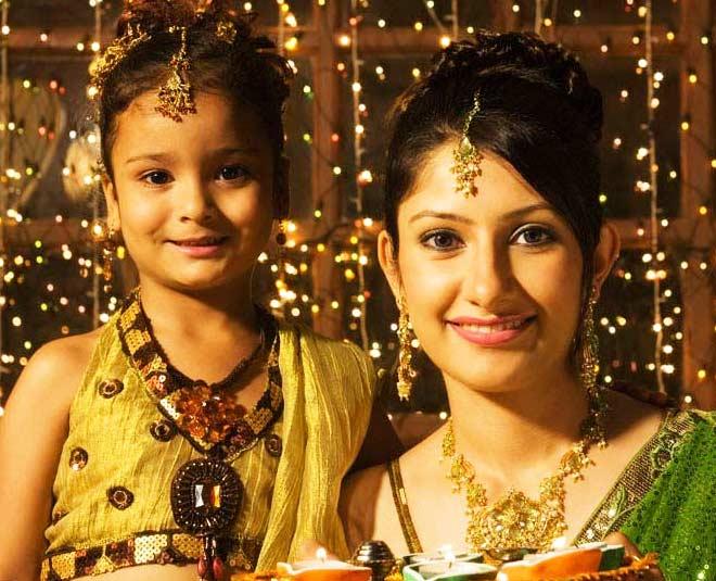 Makeup at home diwali