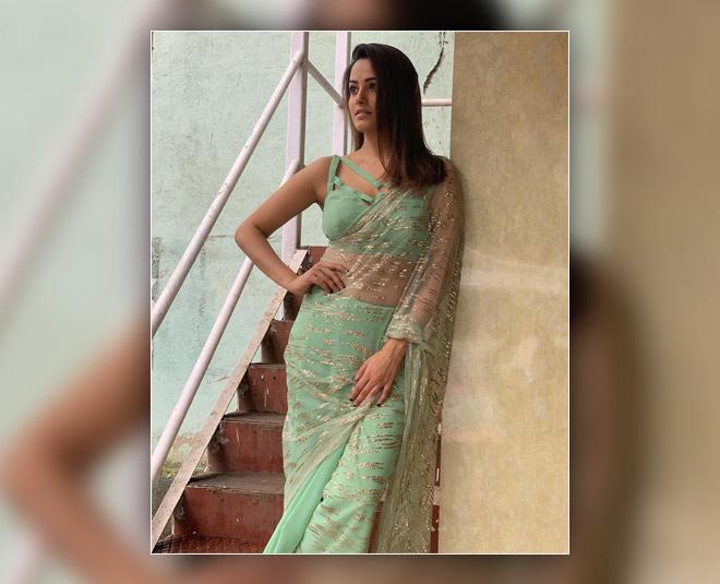 anita hassanandani stylish look saree inside