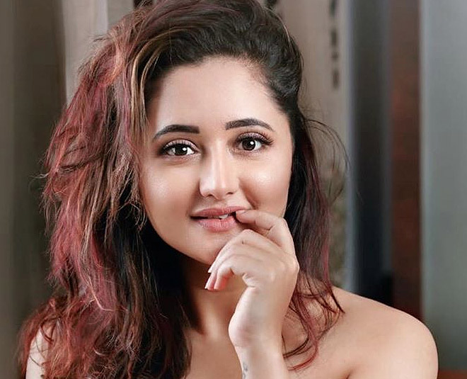 bigg boss  contestant rashami desai lesser known and interesting facts about her main
