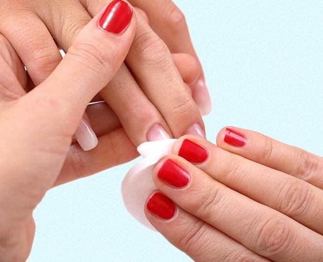 easy tips and hacks to remove nail paints
