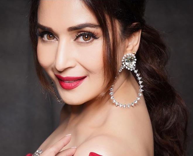 madhuri dixit bollywood popular actress main