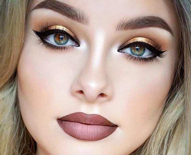 small eyes makeup