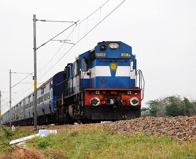 how to book tatkal ticket online very fast main