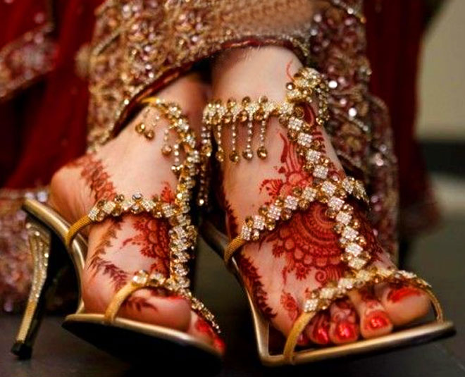 latest bridal footwears will earn you praises main