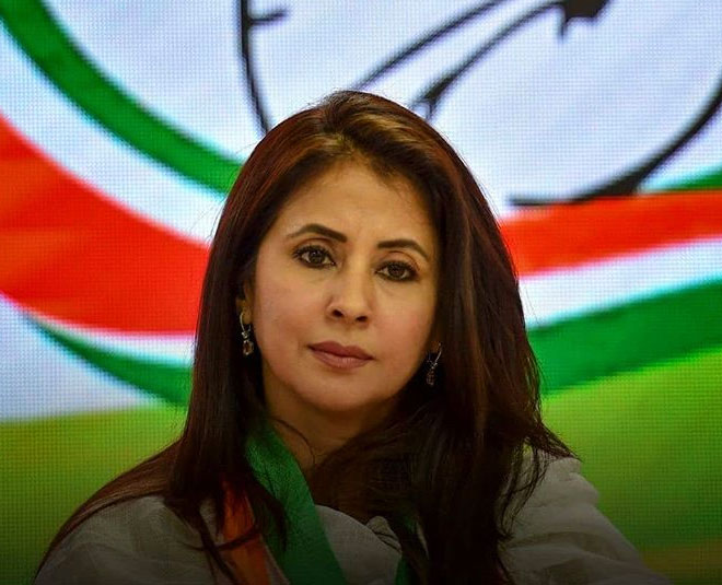 urmila matondkar resigns from congress main
