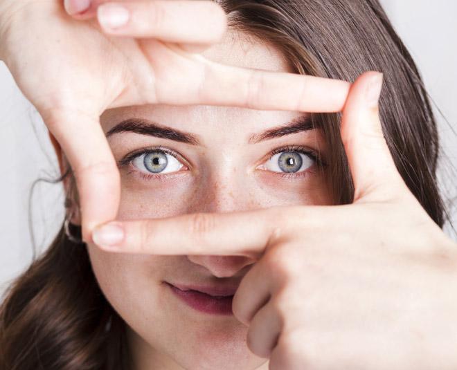 dry flaky skin under eyes