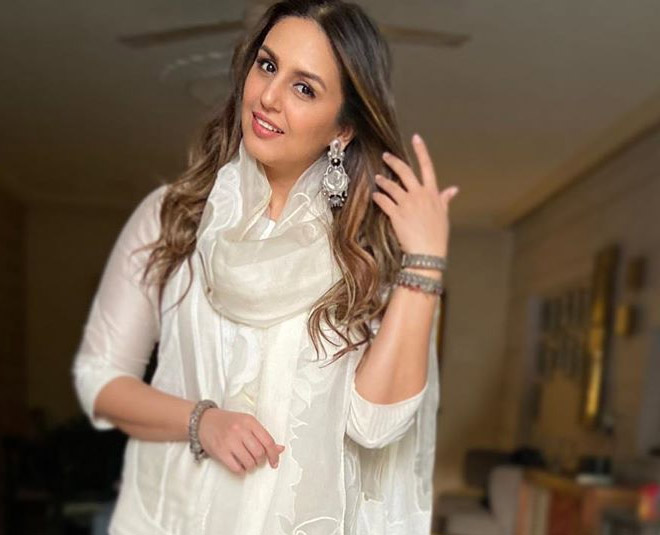huma qureshi in white main