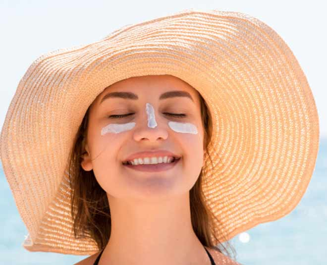 tips for sunscreen around eyes m