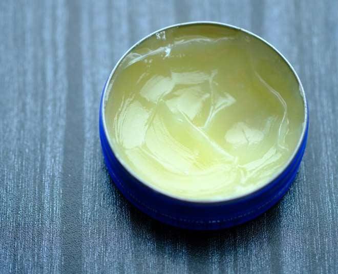 Petroleum jelly m