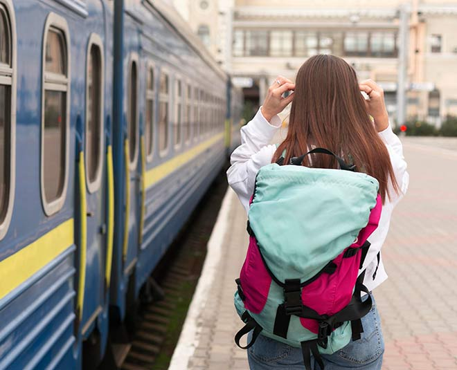 pandemic train travel dos donts