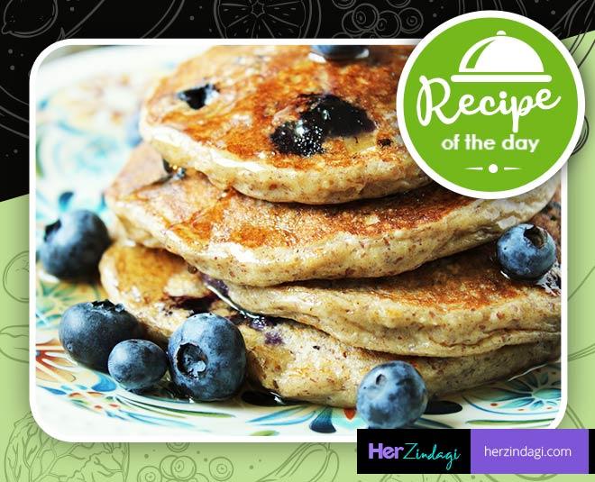 easy recipe of oatmeal blueberry pancake