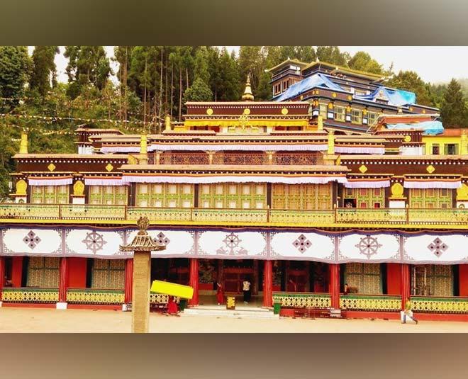 gangtok sikkim  best travel destinations inside