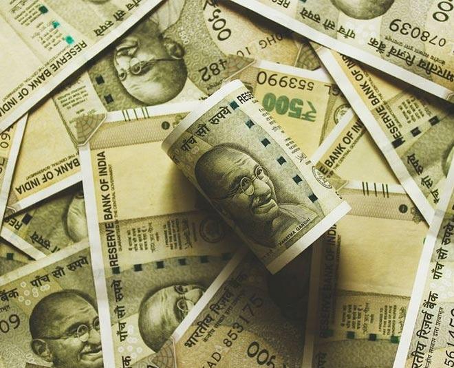 sharma kapil fees