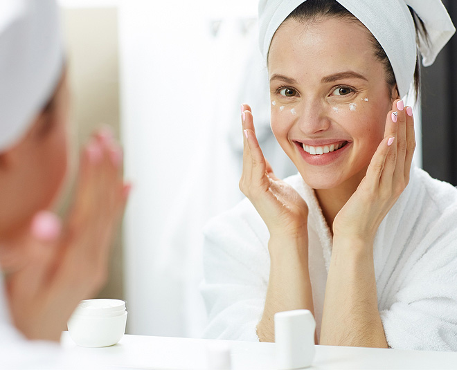ways to remove makeup naturally TIPS