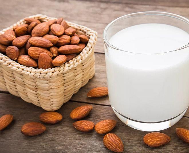 almond oil with milk main