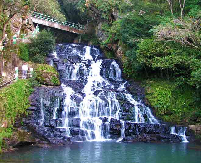 biggest and most beautiful natural waterfalls in india tips
