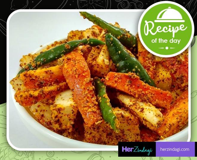 carrot radish green chilli pickle main