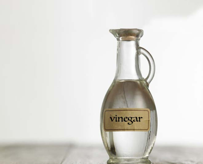 things to never clean with vinegar at home m
