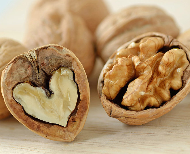 walnuts for healthy skin main