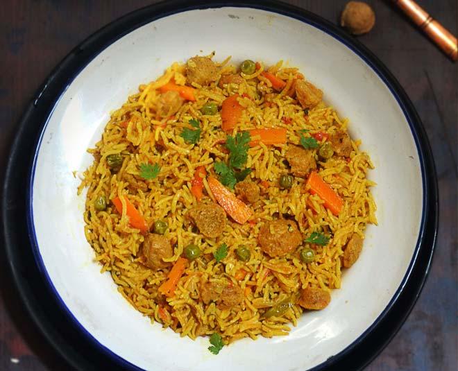 how to cook hyderabadi soya veg biryani main