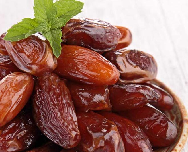 famous recipes made from khajoor or dates main