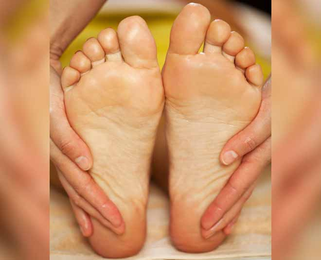 Apply Olive Oil to the Soles of your Feet and see miracle